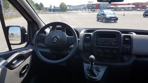 Nuomojamas Mikroautonusas Renault Trafic 2018 skydelis