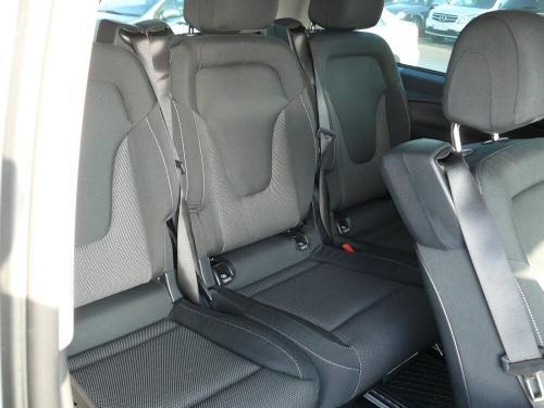 Nuomojamas mikroautobusas Mercedes Benz V-Class sėdynės